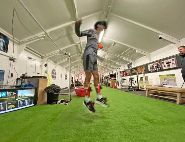 Rezzil offers a variety of VR drills that improve cognition, decision making and resilience in players