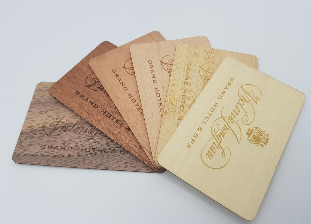The eco- key cards can be customised with a range of materials and designs / Urb'n Nature