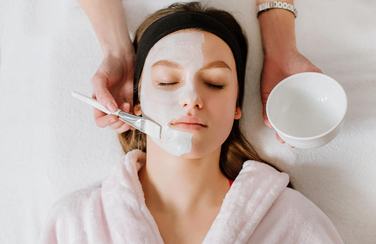The British Beauty Council strongly believes there's an urgent need for targeted support in order to sustain the beauty, hair and wellness sectors / Shutterstock/Bolyuk Studio