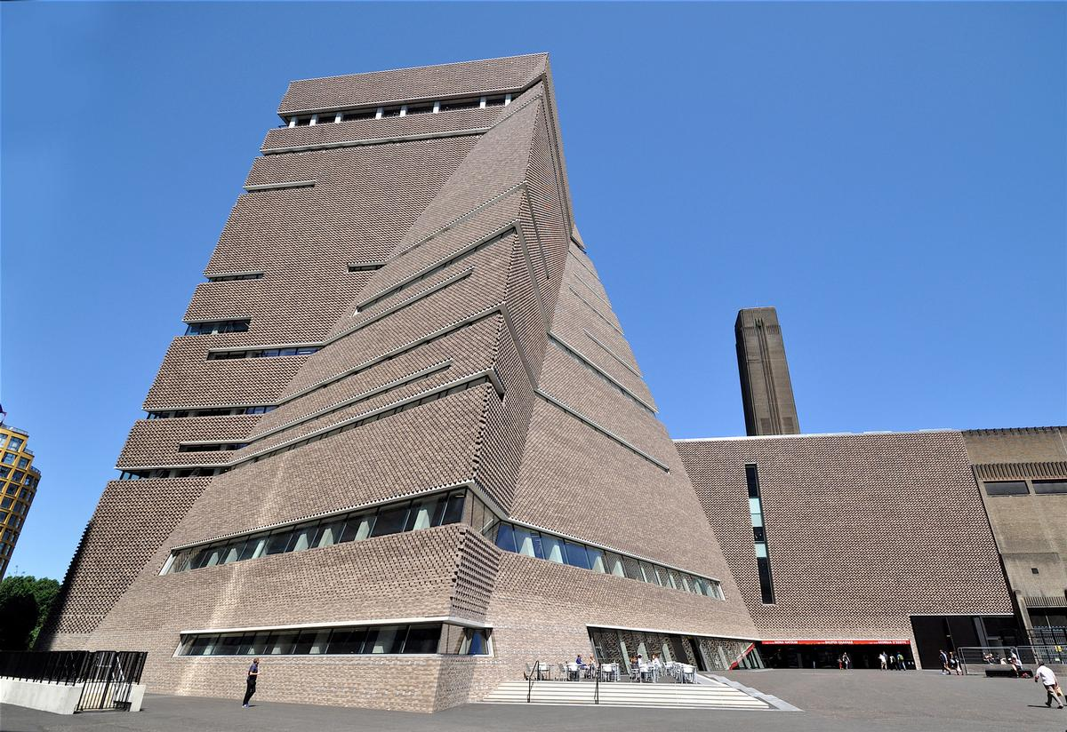 Tate Modern was the UK's most visited attraction during 2020 – despite visits being down by 4.7 million on 2019 figures. / Shutterstock/Ron Ellis
