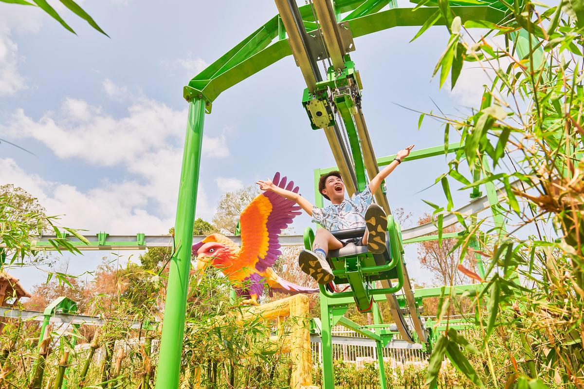 The suspended roller coaster has been designed as a family-friendly ride / Extreme Engineering