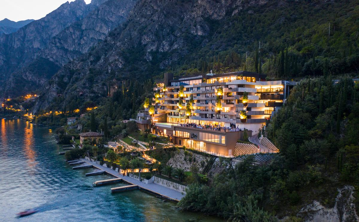 The destination was realised by architecture firm Studio Gesia and is influenced by the surrounding landscape's splendid natural beauty / @photograficamangili