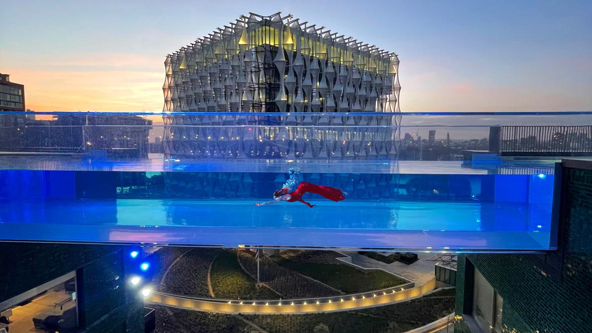 Sky Pool has been constructed in separate sections / Embassy Gardens