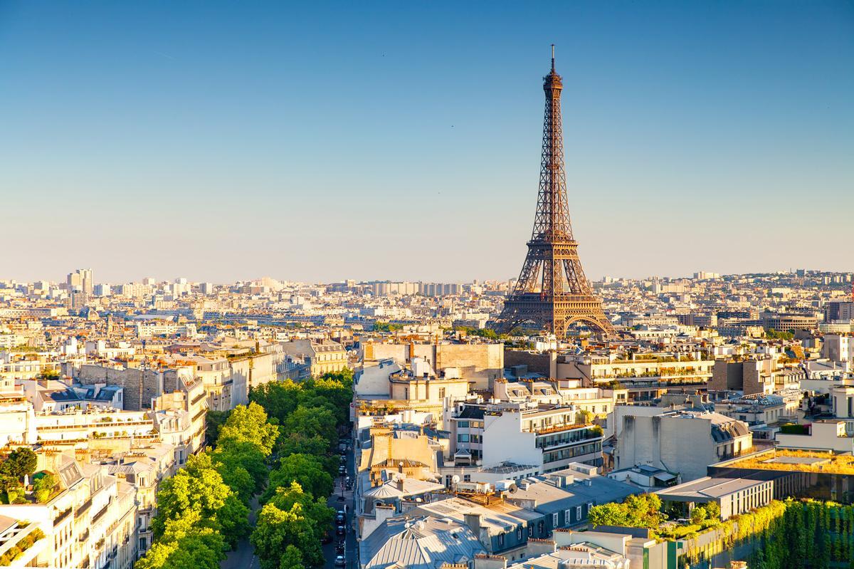 Phytomer Spa Trocadéro marks the brand's third spa in France / Shutterstock/Sean Hsu