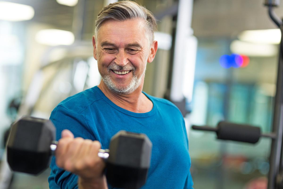 Three to five 30-45-minute moderate to vigorous exercise sessions per week appear to deliver optimal mental health benefits / Shutterstock/ikselstock