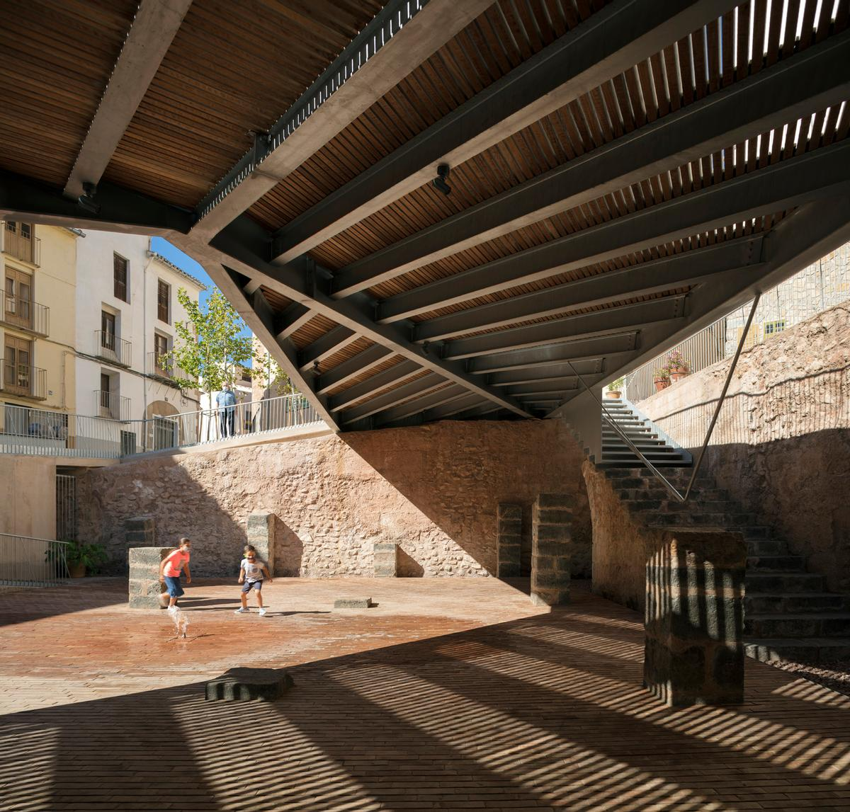 The award for Exterior Spaces was given to the Synagogue Square project in Onda, Castellón / Milena Villalba