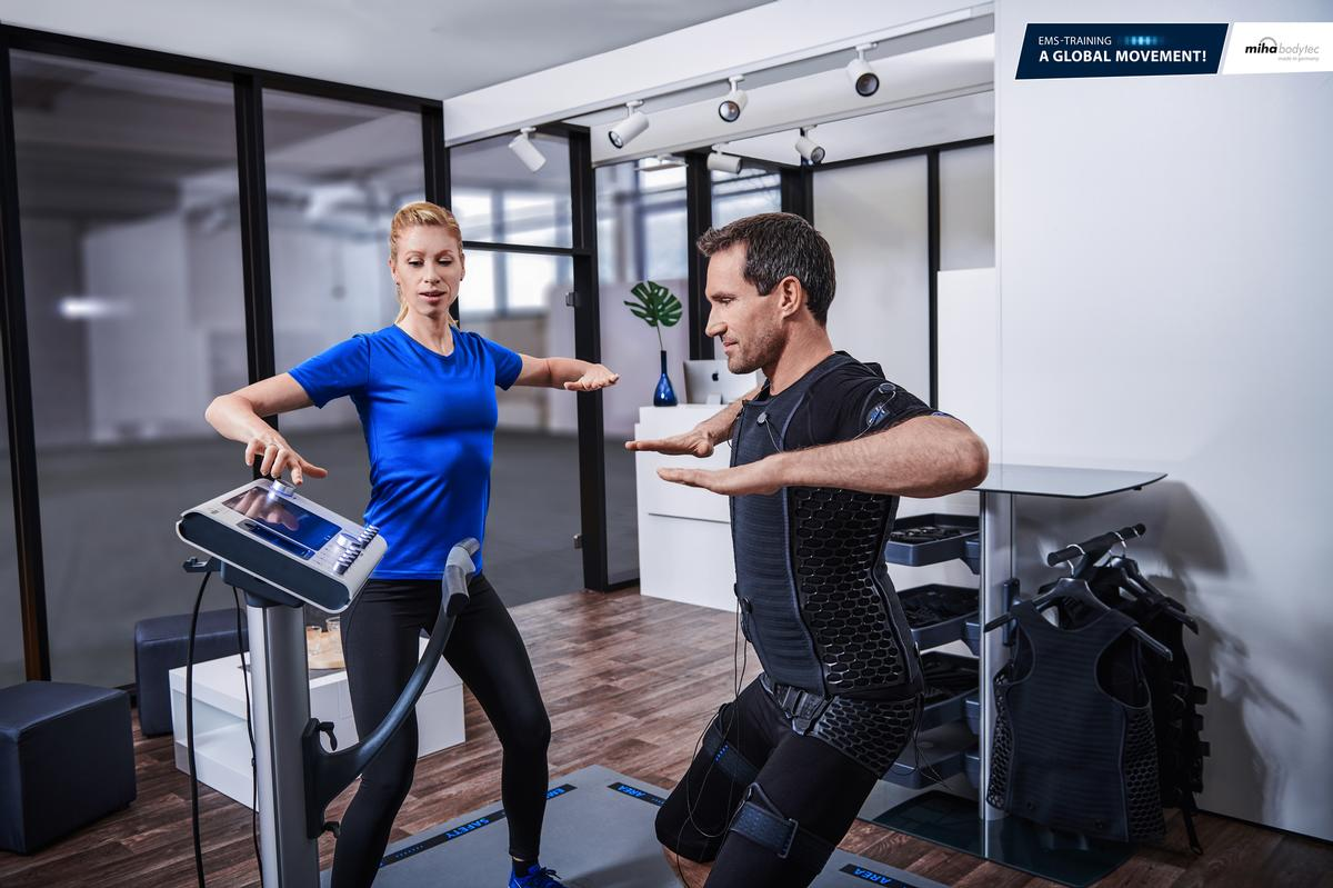 EMS-PT creates an innovative exercise offer either on the gym floor, in a studio or as a shop-in-shop model / miha bodytec