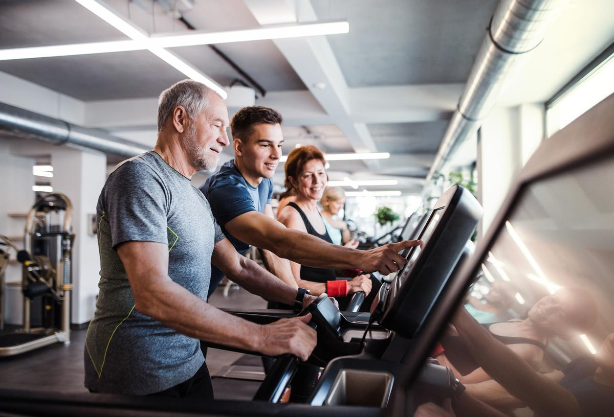 ukactive and LGA said the long-term reform should address procurement, standards, data and integration with health agencies / Shutterstock/Halfpoint