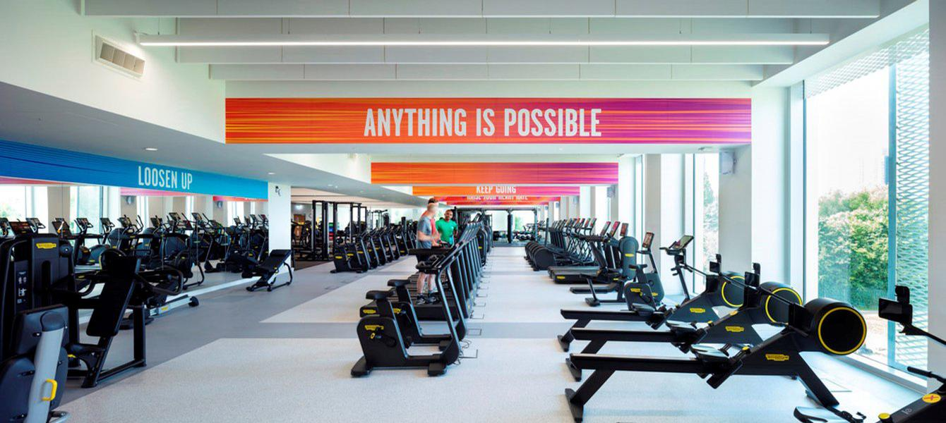 Facilities include a large health and fitness suite with a gym floor and five flexible studio spaces / Morgan Sindall/Diane Auckland, Fotohaus