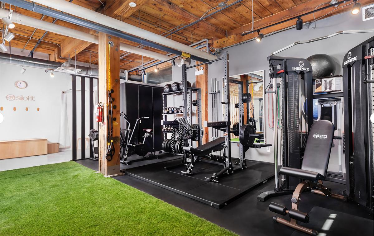 The company turns office spaces into high-end, private microgyms / Silofit