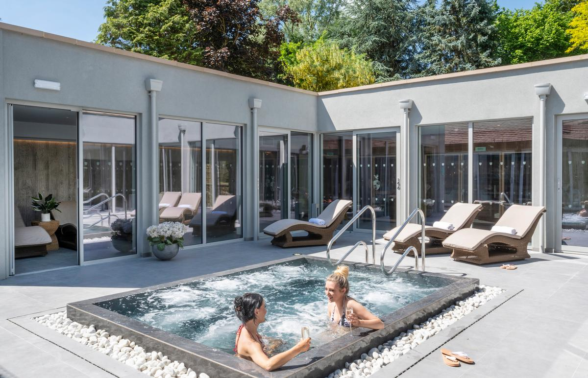 The refurbishment has seen the spa gain an outdoor hydrotherapy pool with soothing realaxtion areas