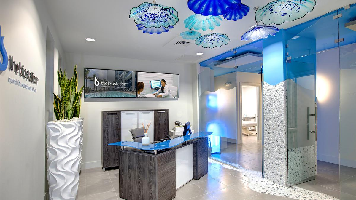 / Carillon Miami Wellness Resort
