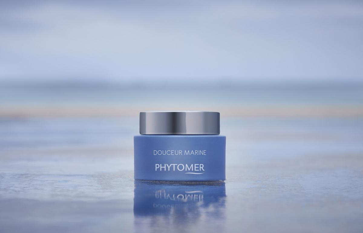The moisturiser is complete with a hypoallergenic fragrance featuring notes of plum and bergamot