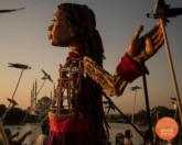 The puppet is an artistic project, representing all young refugees / The Walk