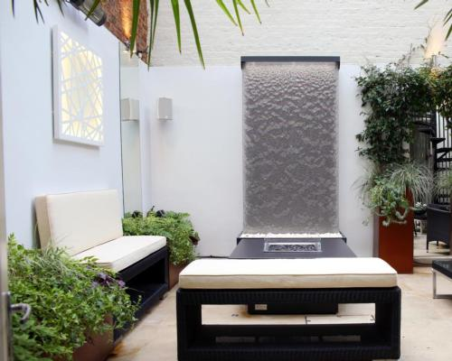 New water wall from Tills Innovations aims to boost ambience and wellbeing