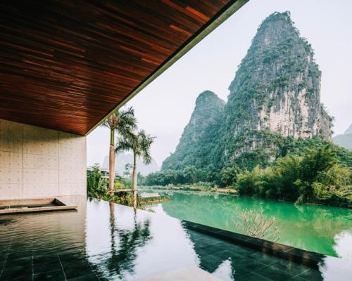 Lux opens riverside sanctuary in Southern China surrounded by tropical forests @luxresorts #retreat #refuge #luxurytravel #China #wellness #wellbeing #spa #spaindustry