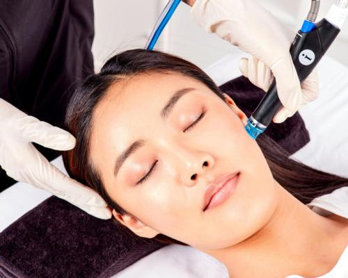 Step into the world of HydraFacial for unparalleled skin health results