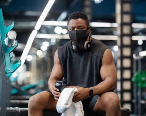 US gyms celebrate the end of mask-wearing