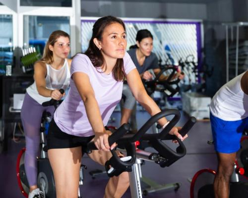 Clubs, studios and gyms across the continent had a total of 54.8 million members in December 2020 / Shutterstock/Iakov Filimonov