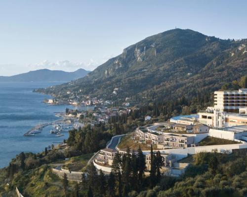 Banyan Tree Group kicks off European growth plans with new hillside spa resort in Greece