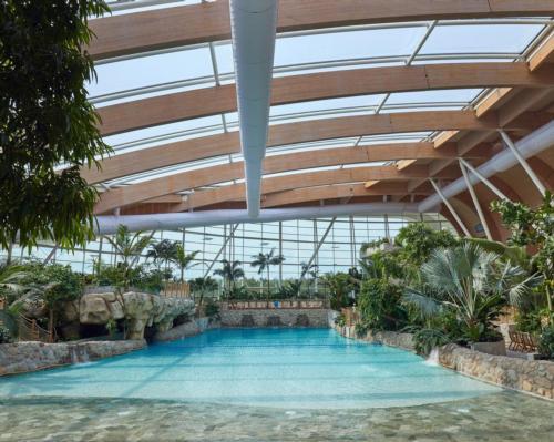 Facilities will include a subtropical swimming facility and an Aqua Sana Spa / Center Parcs