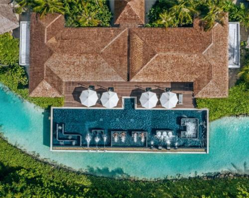 Waldorf Astoria Maldives' spa launches new Aqua Wellness Centre and hydrotherapy programming @WaldorfAstoria #WaldrofAstoriaMaldives #spa #wellbeing #hydortherapy #bathing #Maldives