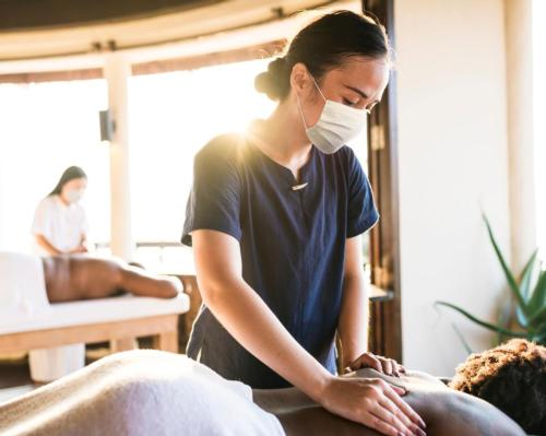 TPOT's training conference will empower spa, beauty and wellness professionals to accommodate clients touched by cancer #TPOT #MichelleHammond #cancer #cancersurvivors #recovery #support #education #training