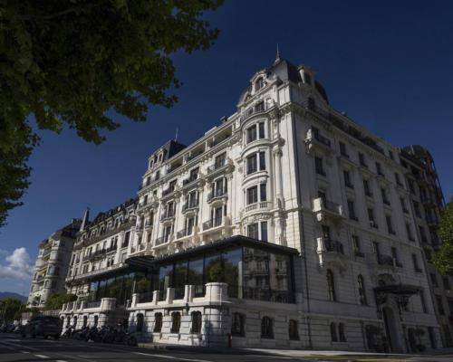 Architect Pierre-Yves Rochon has completed The Woodward in Geneva / Oetker Collection
