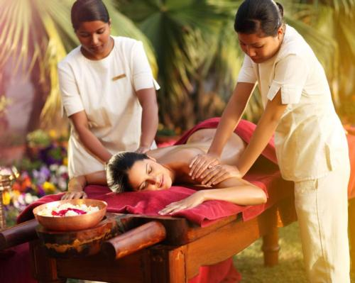 Opened in 2000, Ananda in the Himalayas is a destination spa located in Uttarakhand in India that's passionate about offering a holistic and healing-focused guest experience