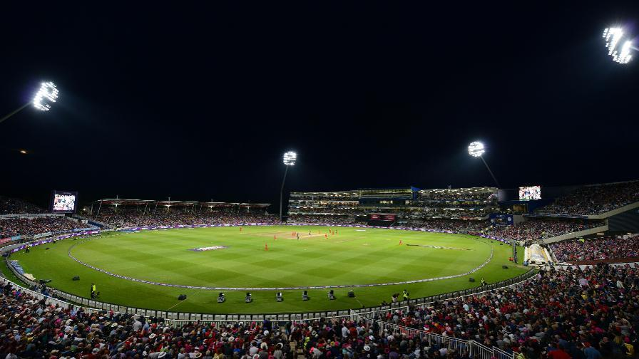The UK's first day/night Test match attracted 70,000 spectators over the 3-day event / England Cricket Board