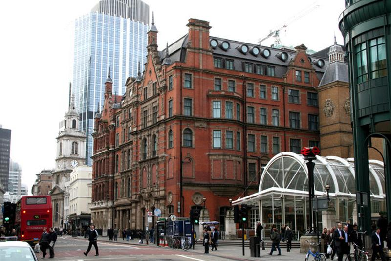 The Andaz London Liverpool Street is housed in a Grade Two listed railway hotel building constructed in 1884 / Wiki Commons