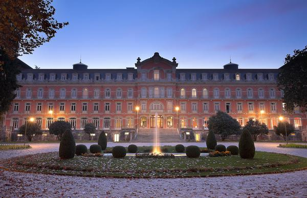 The opulent Vidago Palace hotel re-opened in 2010