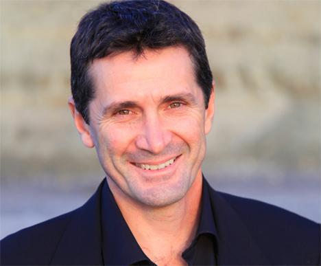 Dr Daniel Friedland