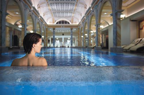 The resort offers guests a 36.5° Wellbeing & Thermal Spa