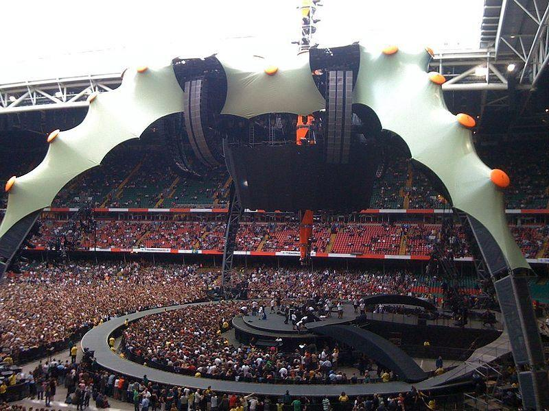Three different versions of The Claw were built for U2's three-year tour