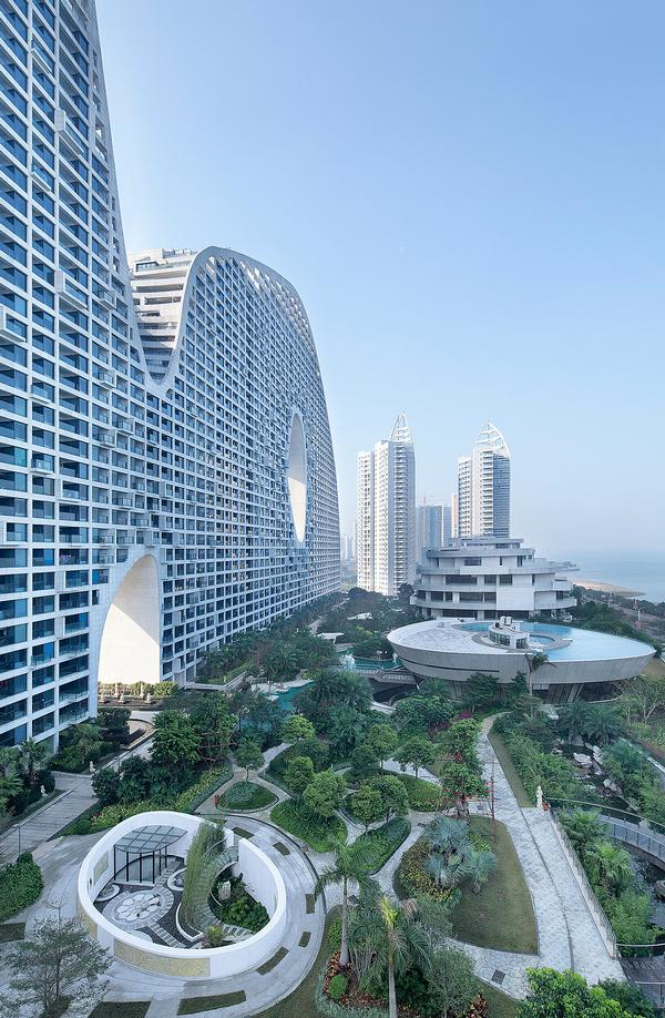 The Fake Hills residential development in Beihai, China, features public spaces on the roof / photo by Xia Zhi