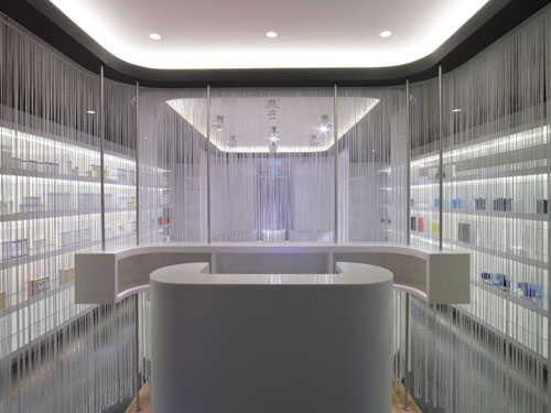 The Away Spa offers REN and Aromatherapy Associates products