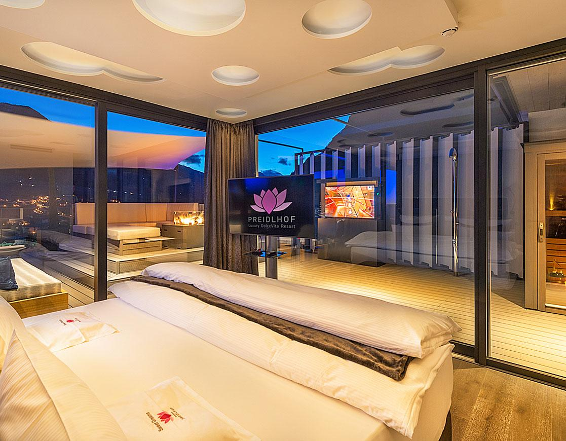 Guests staying in the Dream Well suite can wake up to a slow starting bird concert