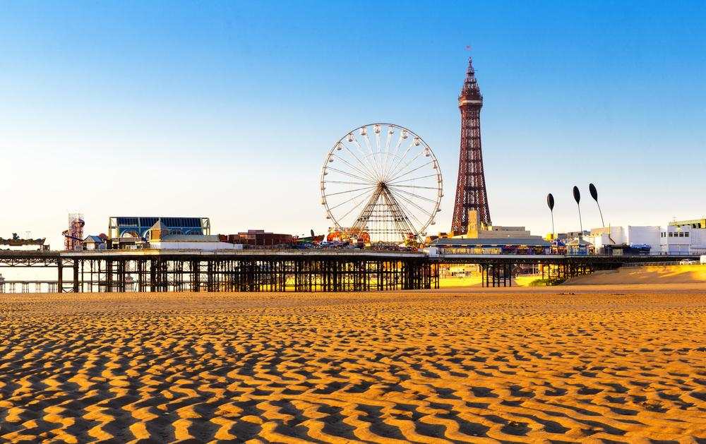 Blackpool Pleasure Beach – one of England's many coastal tourist attractions / Shutterstock.com