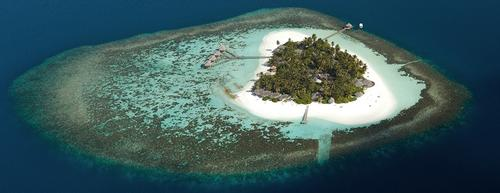 Kandolhu Island Resort opens in Maldives