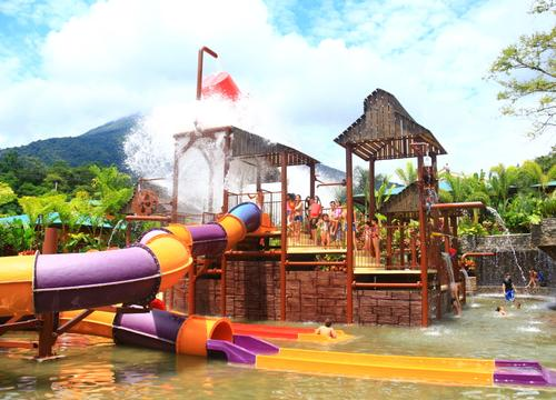 Waterpark combined with thermal pools opens in Costa Rica