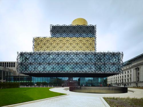 Mecanoo's Library of Birmingham in the UK hits record numbers