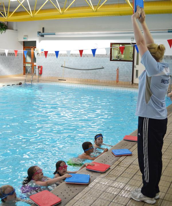 STA offers pre-school swim teacher training