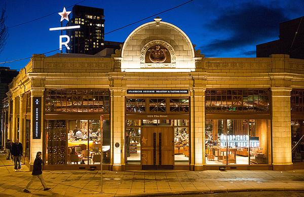 Coffee craft and rare coffee are the focus of the Starbucks Reserve  in Seattle, Washington
