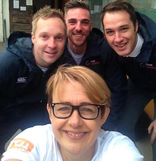 ukactive chair Baroness Tanni Grey-Thompson shares a National Fitness Day selfie on Twitter / Tanni Grey-Thompson