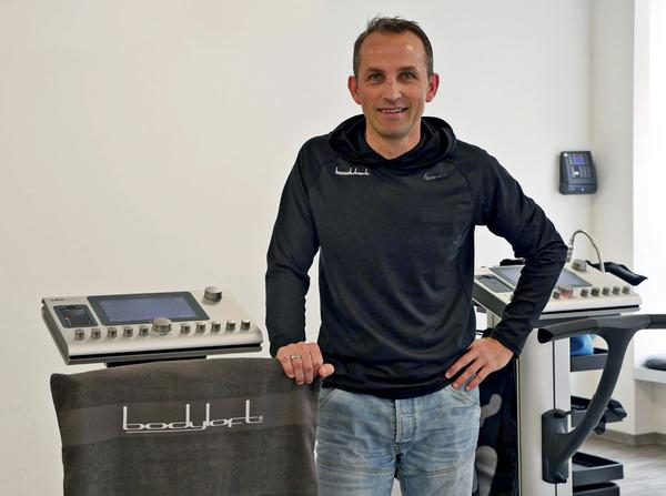 Frank Hassler has opened his own EMS studio, which is called bodyloft