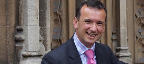 The Commonwealth Games could 'pump millions of pounds' into the Welsh economy said Cairns / aluncairns.com