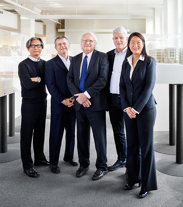 Meier with associate partners Dukho Yeon, Reynolds Logan, Bernhard Karpf and Vivian Lee in the NY office / PHOTO:© SCOTT FRANCES