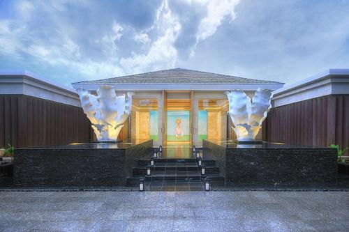 Mulia resort in Bali reveals new spa with region's first ice fountain room
