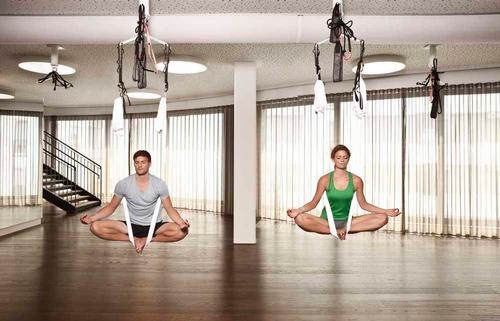 Facilities at the new Elements club in Frankfurt include two group exercise studios